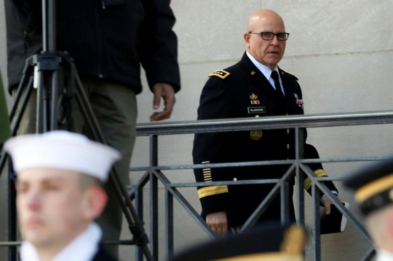 White House National security adviser Lt. Gen. H.R. McMaster arrives at the Pentagon in Washington, U.S., March 16, 2017. REUTERS/Yuri Gripas/Files