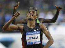 Kenenisa Bekele of Ethiopia wins the men's 10000 metres race at the Memorial Van Damme, IAAF Diamond League athletics meeting in Brussels September 16, 2011.   REUTERS/Thierry Roge