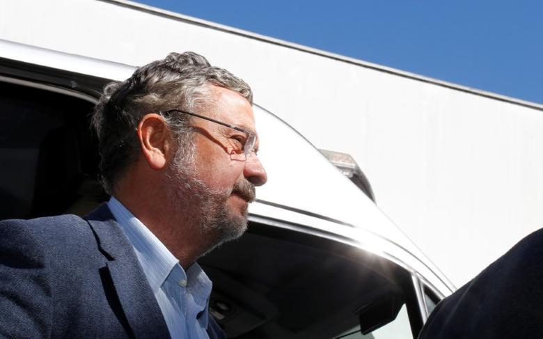 File photo: Antonio Palocci, former finance minister and presidential chief of staff in recent Workers Party (PT) governments, arrives at the Institute of Forensic Science in Curitiba, Brazil, September 26, 2016. REUTERS/Rodolfo Buhrer