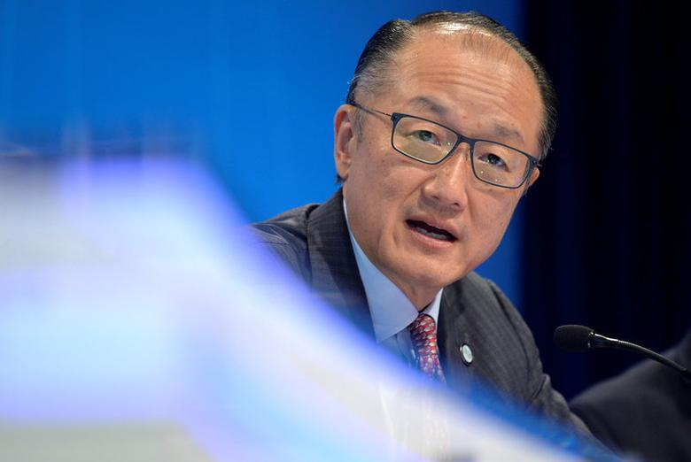 World Bank President Jim Yong Kim makes remarks during a press briefing to open the the IMF and World Bank's 2017 Annual Spring Meetings in Washington, U.S. April 20, 2017.   REUTERS/Mike Theiler