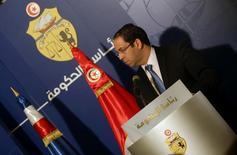 رئيس الوزراء التونسي يوسف الشاهد خلال مؤتمر صحفي في تونس يوم 7 ابريل نيسان 2017. تصوير: زبير السويسي - رويترز