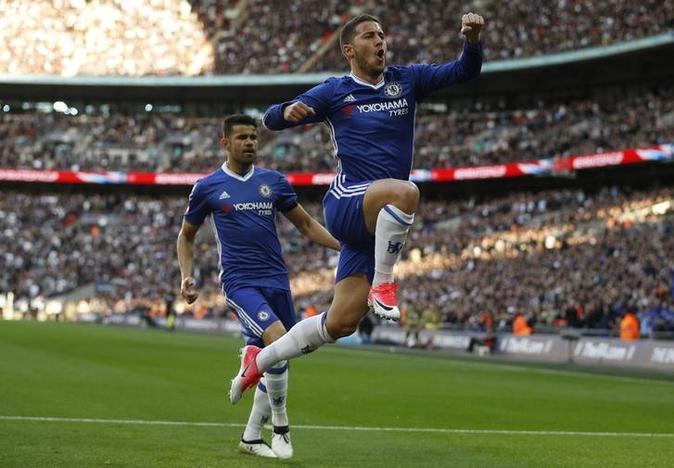 Chelsea edge Tottenham in thrilling Cup semi  817b642f02b79