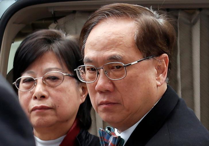 Former Hong Kong Chief Executive Donald Tsang and his wife Selina arrive the High Court in Hong Kong, China February 20, 2017.  REUTERS/Bobby Yip/Files