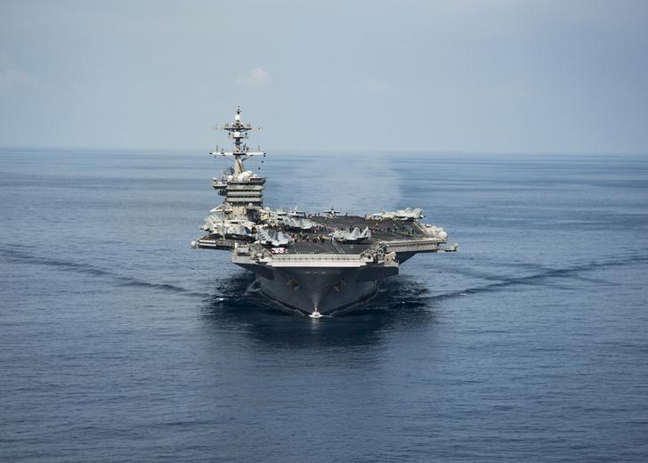 资料图片:2017年4月9日,美国海军卡尔文森号航母途经南海。图片由美国海军提供。