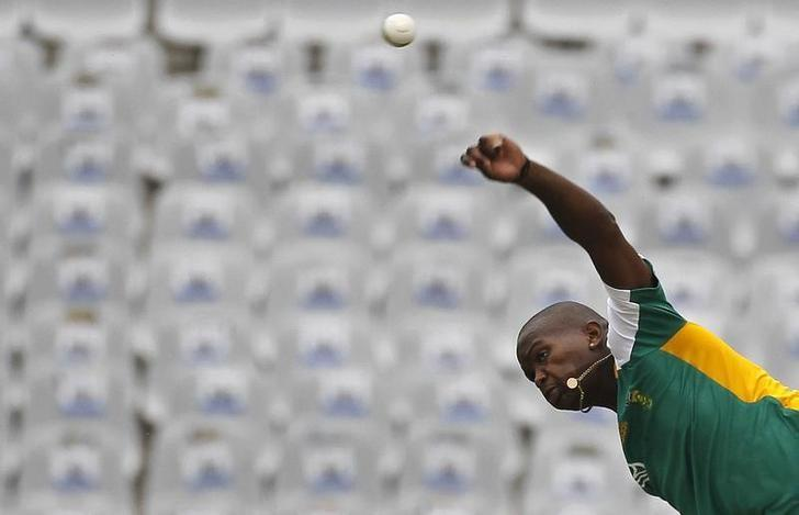 South Africa's Lonwabo Tsotsobe bowls during a cricket practice session ahead of their ICC Cricket World Cup Group B match against the Netherlands on Thursday, in Mohali March 2, 2011. REUTERS/Adnan Abidi/Files