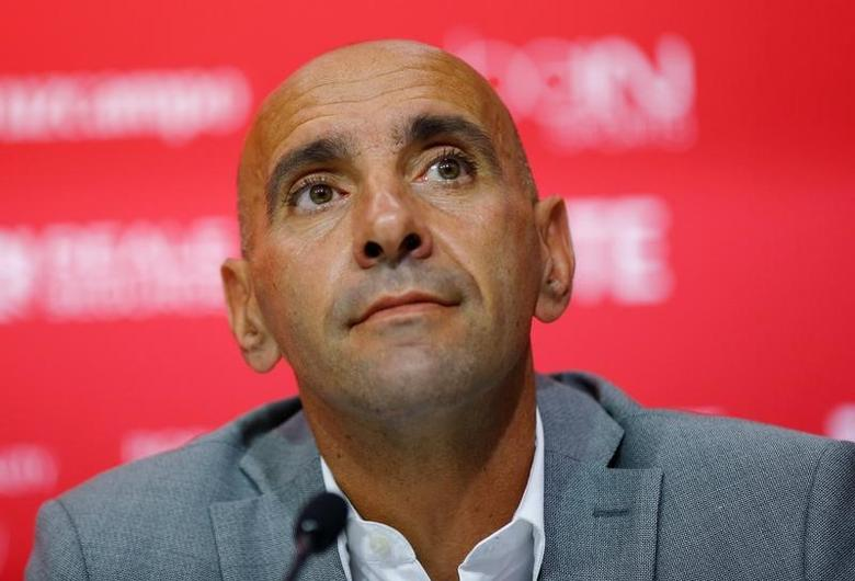 Football Soccer - Sevilla news conference - Seville, Southern Spain - 04/07/16. Sevilla's sport director Ramon Rodriguez ''Monchi'' looks on. REUTERS/Marcelo del Pozo