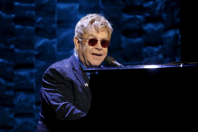 Singer Elton John performs at the Hillary Victory Fund ''I'm With Her'' benefit concert for U.S. Democratic presidential candidate Hillary Clinton at Radio City Music Hall in New York City, March 2, 2016. REUTERS/Mike Segar/File Photo