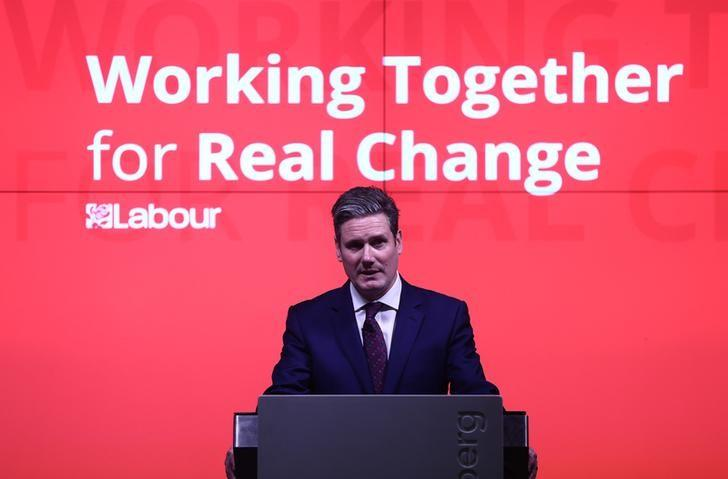 Britain's Opposition Labour Party's Shadow Secretary of State for Exiting the European Union Keir Starmer delivers a speech on Labour's approach to Brexit in London, Britain December 13, 2016. REUTERS/Neil Hall/Files