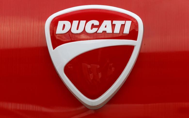 The logo of Italian motorcycle manufacturer Ducati is seen in Dietlikon, Switzerland October 11, 2016.  REUTERS/Arnd Wiegmann