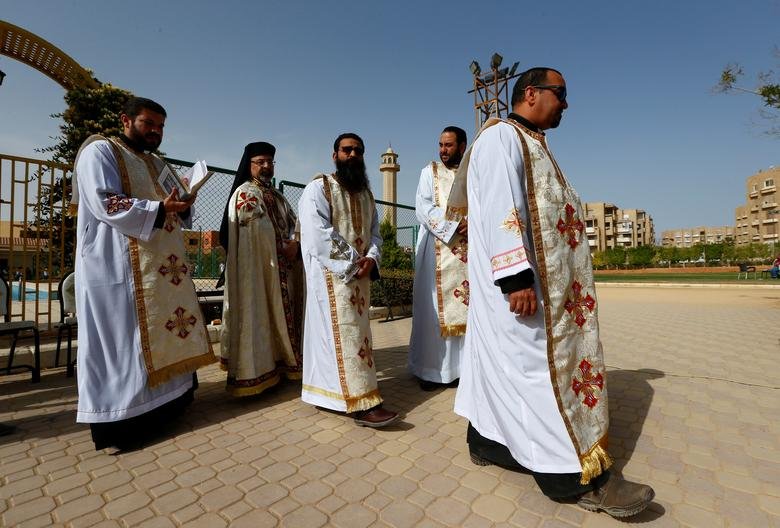 Members of the Coptic clergy gather before a mass, ahead of Pope Francis' visit, in Cairo, Egypt April 28, 2017. REUTERS/Amr Abdallah Dalsh
