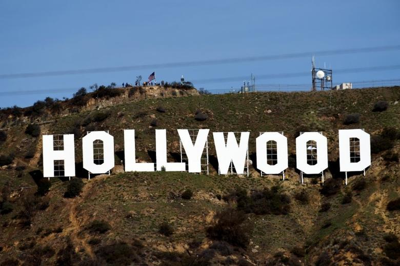 A view shows the ''iconic ''Hollywood'' sign overlooking Southern California's film-and-television hub in the Hollywood Hills in Los Angeles, California, U.S. January 1, 2017.  REUTERS/Kevork Djansezian/Files