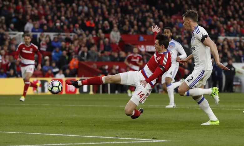 Britain Soccer Football - Middlesbrough v Sunderland - Premier League - The Riverside Stadium - 26/4/17 Middlesbrough's Marten de Roon scores their first goal   Action Images via Reuters / Lee Smith