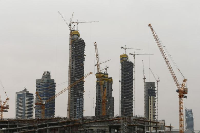 Buildings that are under construction are seen in Dubai, UAE March 7, 2016. REUTERS/Ahmed Jadallah