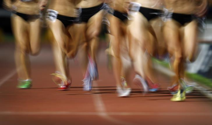 Competitors race in the women's 800 metres during the Sydney Track Classic February 18, 2012. REUTERS/Tim Wimborne