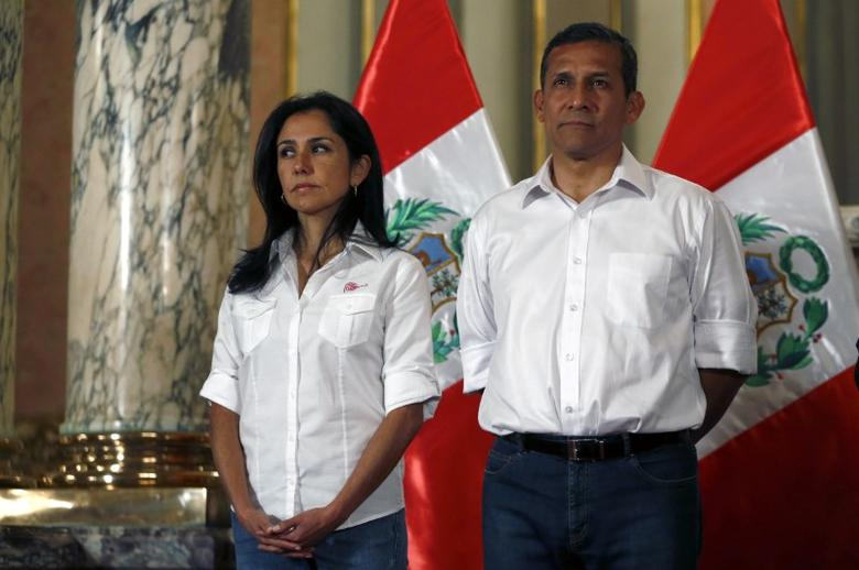 Peru's then President Ollanta Humala (R) and his wife Nadine Heredia attend a ceremony at the Government Palace in Lima, Peru in this July 30, 2015 file photo.  REUTERS/ Mariana Bazo/File Photo