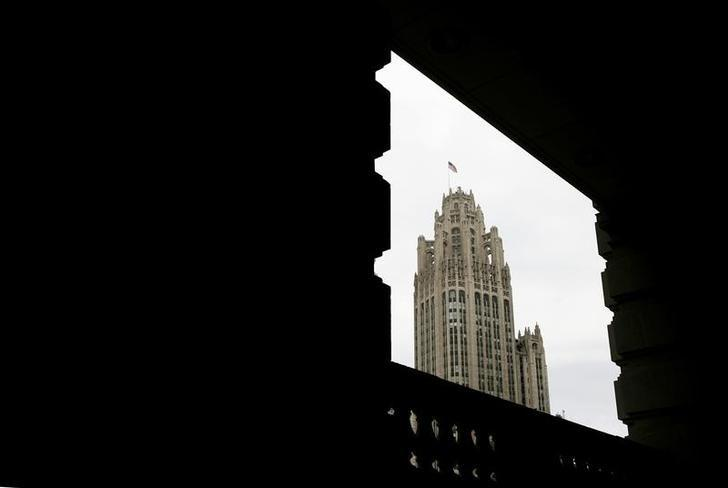 The Tribune Tower in Chicago, April 2, 2007. REUTERS/John Gress