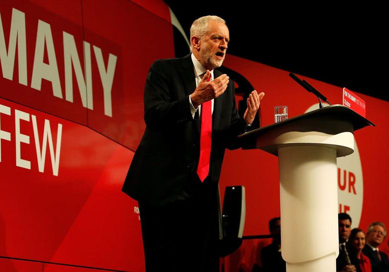 Jeremy Corbyn, the leader of Britain's opposition Labour Party, attends a campaign event in Manchester, May 9, 2017. REUTERS/Andrew Yates