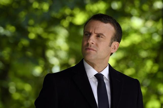 5月11日、フランス大統領選で当選したマクロン次期大統領の支持基盤となった超党派市民運動「共和国前進」は、6月の下院選に出馬する428人の公認候補を発表した。写真はパリで10日撮影(2017年 ロイター/Eric Feferberg)