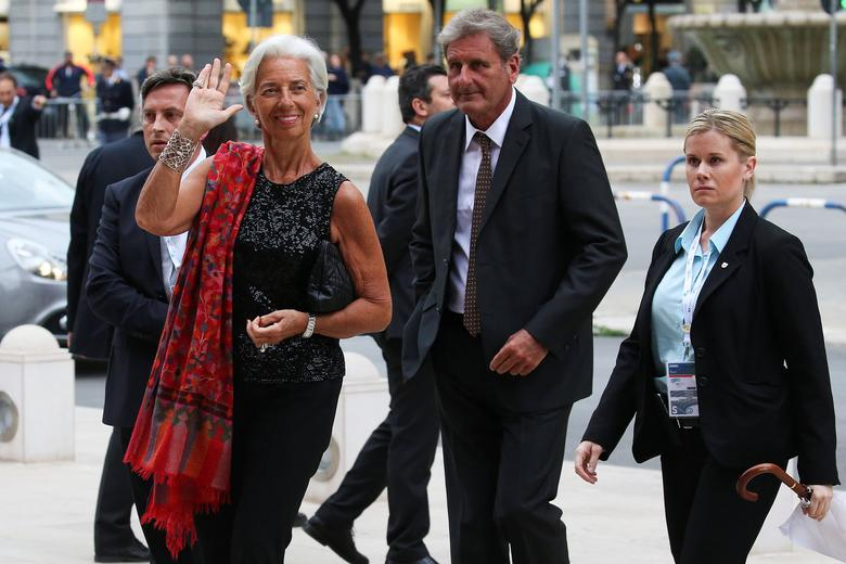 International Monetary Fund Managing Director Christine Lagarde arrives at the Petruzzelli Theatre during a G7 for Financial ministers in the southern Italian city of Bari, Italy May 11, 2017. REUTERS/Alessandro Bianchi