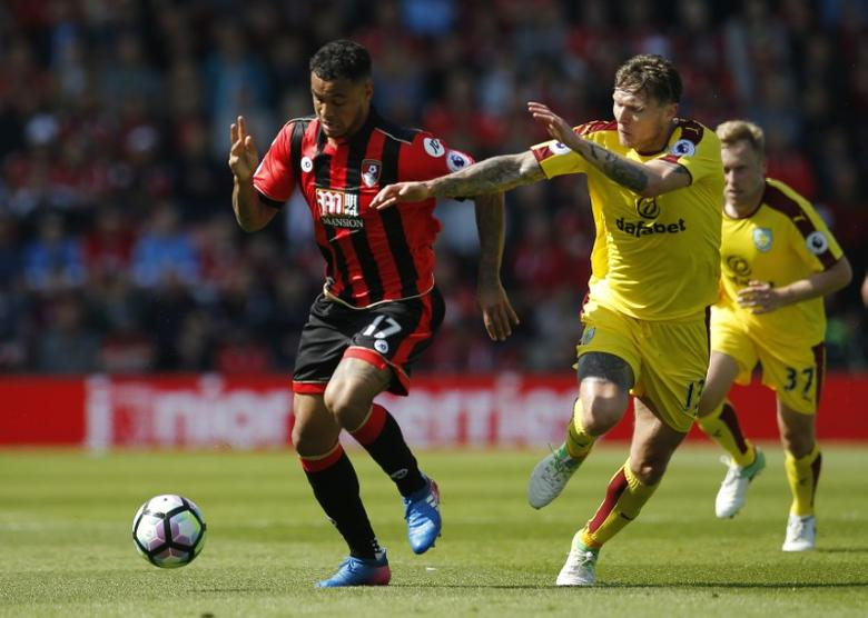 Britain Football Soccer - AFC Bournemouth v Burnley - Premier League - Vitality Stadium - 13/5/17 Bournemouth's Joshua King in action with Burnley's Jeff Hendrick  Action Images via Reuters / Andrew Couldridge
