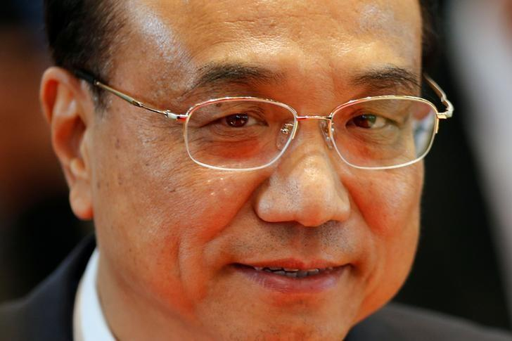 China's Premier Li Keqiang leaves the East Asia Summit in Vientiane, Laos September 8, 2016.   REUTERS/Jorge Silva