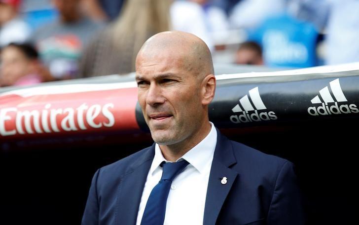 Football Soccer - Real Madrid v Sevilla - Spanish Liga Santander - Santiago Bernabeu, Madrid, Spain - 14/5/17Real Madrid coach Zinedine Zidane Reuters / Sergio Perez