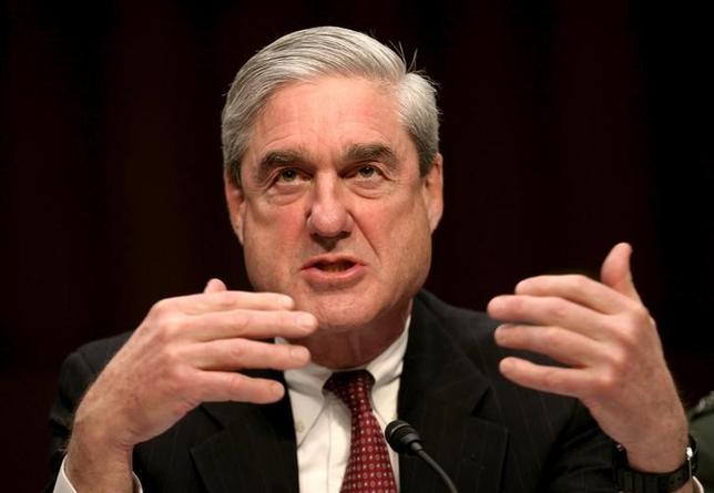 5月17日、米司法省は、2016年の米大統領選時のトランプ陣営とロシアとの癒着を巡る疑惑で、捜査を指揮する特別検察官にロバート・モラー元FBI長官(写真)を任命したと明らかにした。2011年2月撮影(2017年 ロイター/Jason Reed)