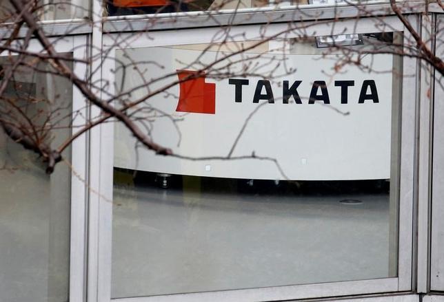 5月18日、トヨタ自動車を含む自動車メーカー4社は自動車部品大手タカタの欠陥エアバッグ問題をめぐる集団訴訟について、合計5億5300万ドルを支払い和解することで合意した。2月撮影(2017年 ロイター/Toru Hanai)