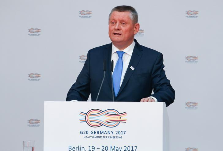 German health minister Hermann Groehe gives a speech at the meeting of the G20 health ministers in Berlin, Germany, May 19, 2017.    REUTERS/Fabrizio Bensch