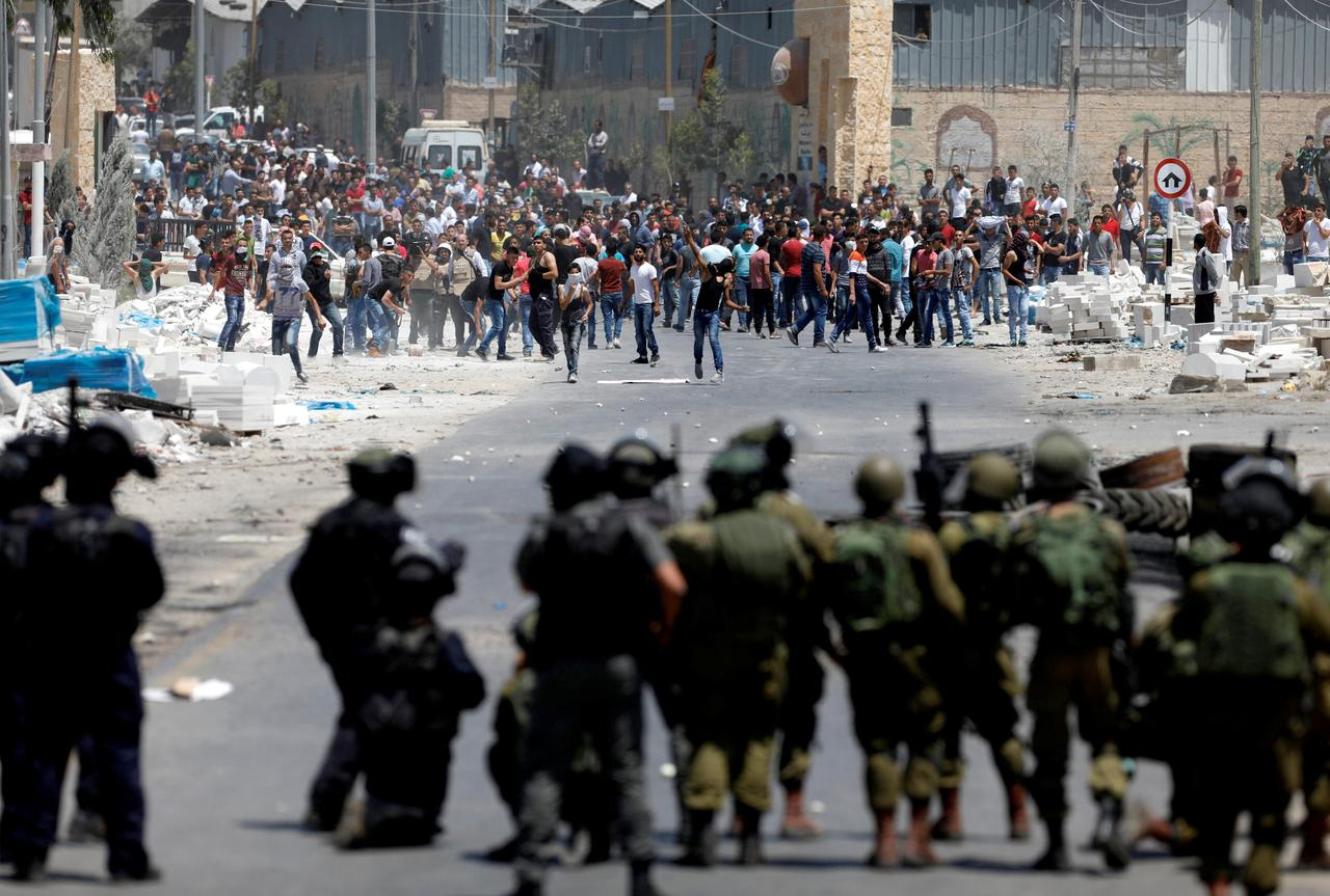 Image result for Palestinians protesters clash with Israeli forces