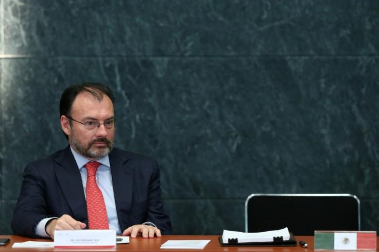 Foreign Minister Luis Videgaray  takes part in an event to recognize the contributions made by members of the Mexican foreign service, in Mexico City, Mexico, April 28, 2017. REUTERS/Edgard Garrido