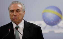 Presidente Michel Temer faz pronunciamento no Palácio do Planalto, em Brasília 18/05/2017 REUTERS/Ueslei Marcelino