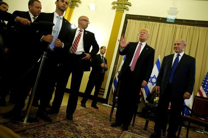 U.S. President Donald Trump (2nd R) and Israel's Prime Minister Benjamin Netanyahu (R) speak to reporters before their meeting at the King David Hotel in Jerusalem May 22, 2017.  REUTERS/Jonathan Ernst