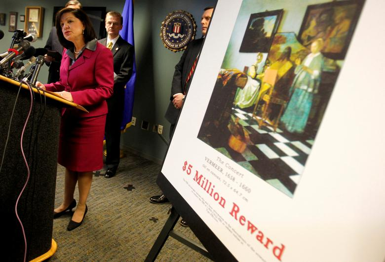 FILE PHOTO: United States Attorney Carmen Ortiz speaks during a press conference at the FBI's Boston Field Office held to appeal to the public for help in returning artwork stolen in 1990 from the Isabella Stewart Gardner Museum in Boston, Massachusetts March 18, 2013. REUTERS/Jessica Rinaldi/File Photo