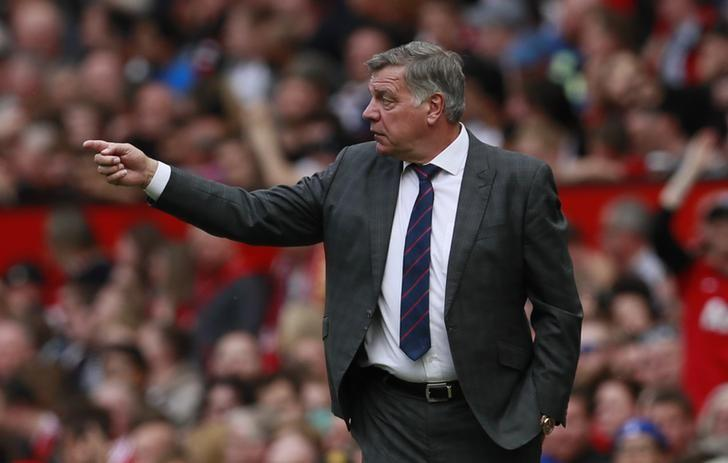 Britain Football Soccer - Manchester United v Crystal Palace - Premier League - Old Trafford - 21/5/17 Crystal Palace manager Sam Allardyce Action Images via Reuters / Jason Cairnduff Livepic