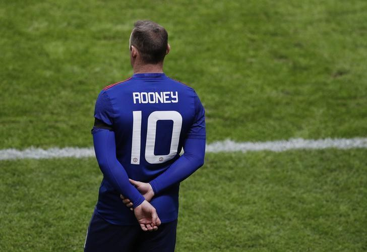 Football Soccer - Ajax Amsterdam v Manchester United - UEFA Europa League Final - Friends Arena, Solna, Stockholm, Sweden - 24/5/17 Manchester United's Wayne Rooney waits to be substituted on Reuters / Phil Noble Livepic