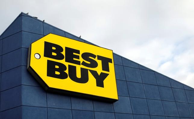 The sign of a Best Buy store in Pasadena, California U.S., February 28, 2017.   REUTERS/Mario Anzuoni