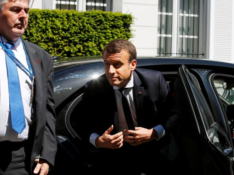 French President Emmanuel Macron arrives at the U.S. ambassador's residence in Brussels, Belgium, for a meeting with U.S. President Donald Trump, May 25, 2017. REUTERS/Peter Dejong/Pool