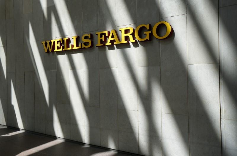 Wells Fargo ups recruitment bonuses to grow brokerage ranks