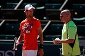 Djokovic รู้สึกตื่นเต้นกับ 'กลิ่นอายใหม่' กับ Agassi