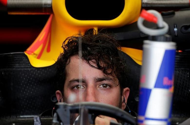 Formula One - F1 - Monaco Grand Prix - Monaco - 25/05/2017 - Red Bull's Daniel Ricciardo seen in his car at the end of the first free practice session. REUTERS/Max Rossi