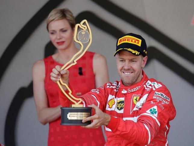 5月28日、自動車レースF1の今季第6戦、モナコ・グランプリ(GP)は、当地で決勝を行い、セバスチャン・フェテル(ドイツ、フェラーリ)が優勝し、今季3勝目を収めた(2017年 ロイター/Max Rossi)