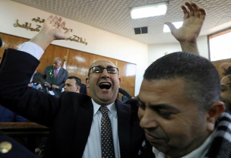 Egyptian lawyer and ex-Presidential candidate Khaled Ali shouts slogans inside the State Council courthouse after a ruling against the Egypt-Saudi border demarcation agreement, in Cairo, Egypt January 16, 2017. REUTERS/Mohamed Abd El Ghany