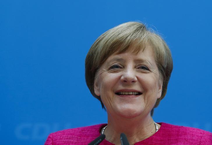 2017年5月15日,德国柏林,德国总理默克尔出席一次新闻发布会。REUTERS/Fabrizio Bensch
