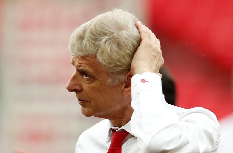 Britain Soccer Football - Arsenal v Chelsea - FA Cup Final - Wembley Stadium - 27/5/17 Arsenal manager Arsene Wenger at the end of the match Action Images via Reuters / John Sibley