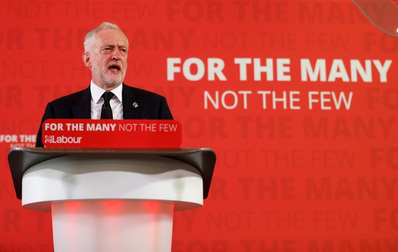 FILE PHOTO: Jeremy Corbyn, the leader of Britain's opposition Labour party, makes a speech as his party restarts its election campaign after the cross party suspension that followed the Manchester Arena attack, in London, May 26, 2017. REUTERS/Peter Nicholls/File Photo