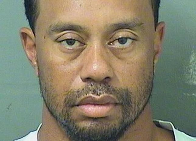 5月30日、米フロリダ州で29日に運転中に逮捕された男子ゴルフの元世界ランク1位タイガー・ウッズは、車の中で熟睡していて自分がどこにいるかも分からない状態だったことが警察の記録で明らかになった29日撮影の提供写真(2017年 ロイター/Palm Beach County Sheriff's Office)