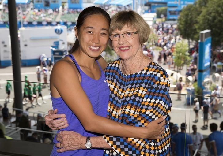 China's Zhang Shuai (L) poses with former tennis player Margaret Court as part of a promotional event for the Australian Open tennis tournament at Melbourne Park, Australia, in this January 26, 2016 handout photo. REUTERS/Fiona Hamilton/Handout via Reuters