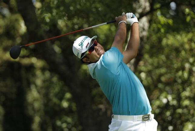 5月31日、男子ゴルフの世界ランク4位、松山英樹は、2014年に米ツアー初優勝した経験を持つメモリアル・トーナメント(6月1日開幕)での復調をめざす。米ジョージア州オーガスタで4月撮影(2017年 ロイター/Jonathan Ernst)