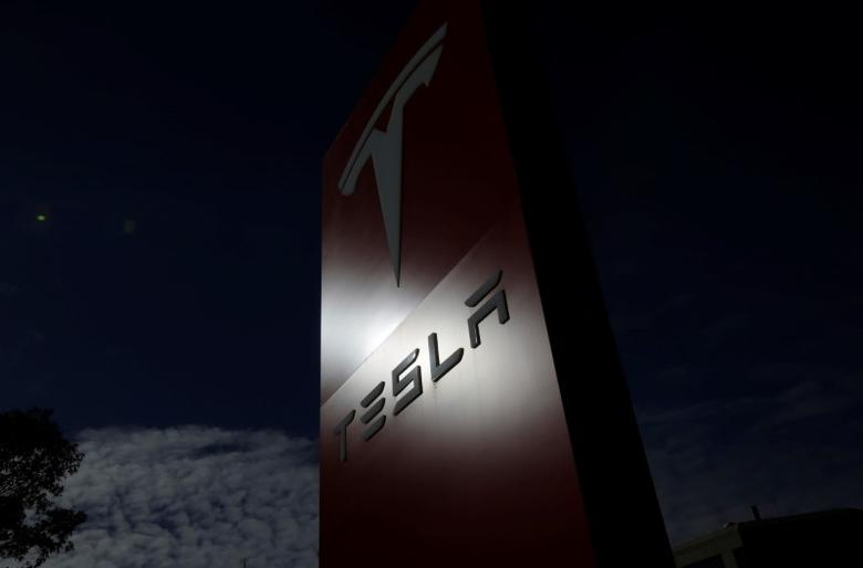 The Tesla corporate logo is pictured at a Tesla electric car dealership in Sydney, Australia, May 31, 2017.  REUTERS/Jason Reed